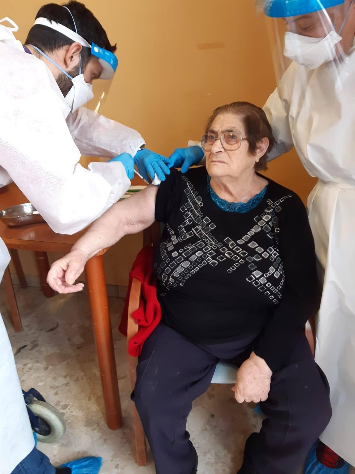 Borgo san Lorenzo - vaccinati i 36 ospiti della Rsa San Giuseppe