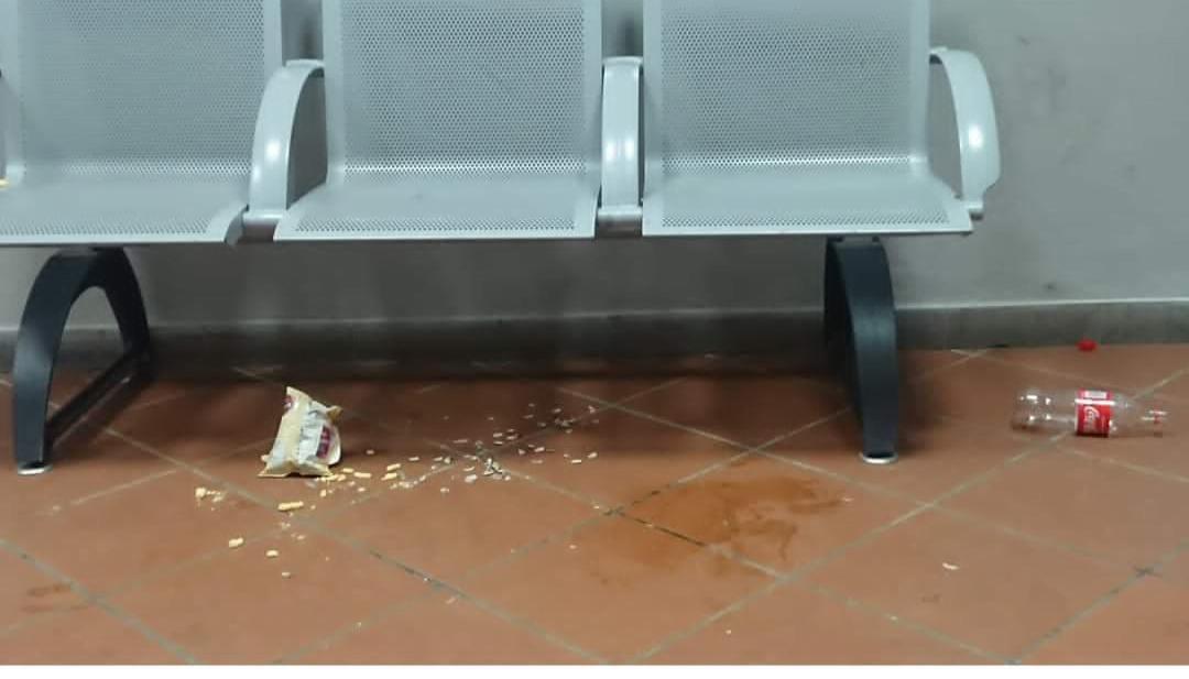 La stazione di Dicomano è diventata un bivacco!