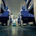 Interno di un treno vuoto