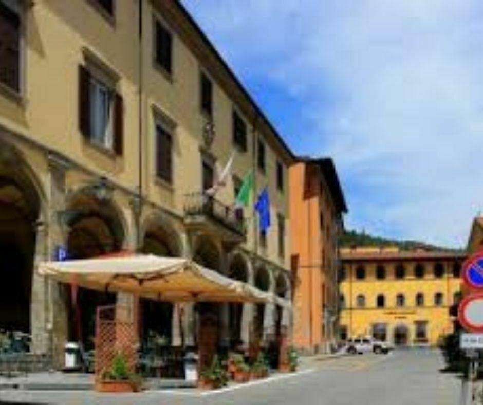 Piazza Scalelle - Marradi_b