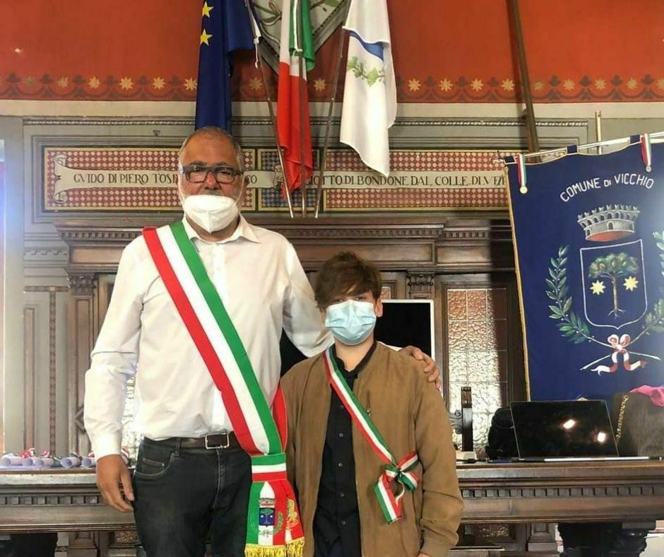 Riccardo Cappelli con il Sindaco di Vicchio_d