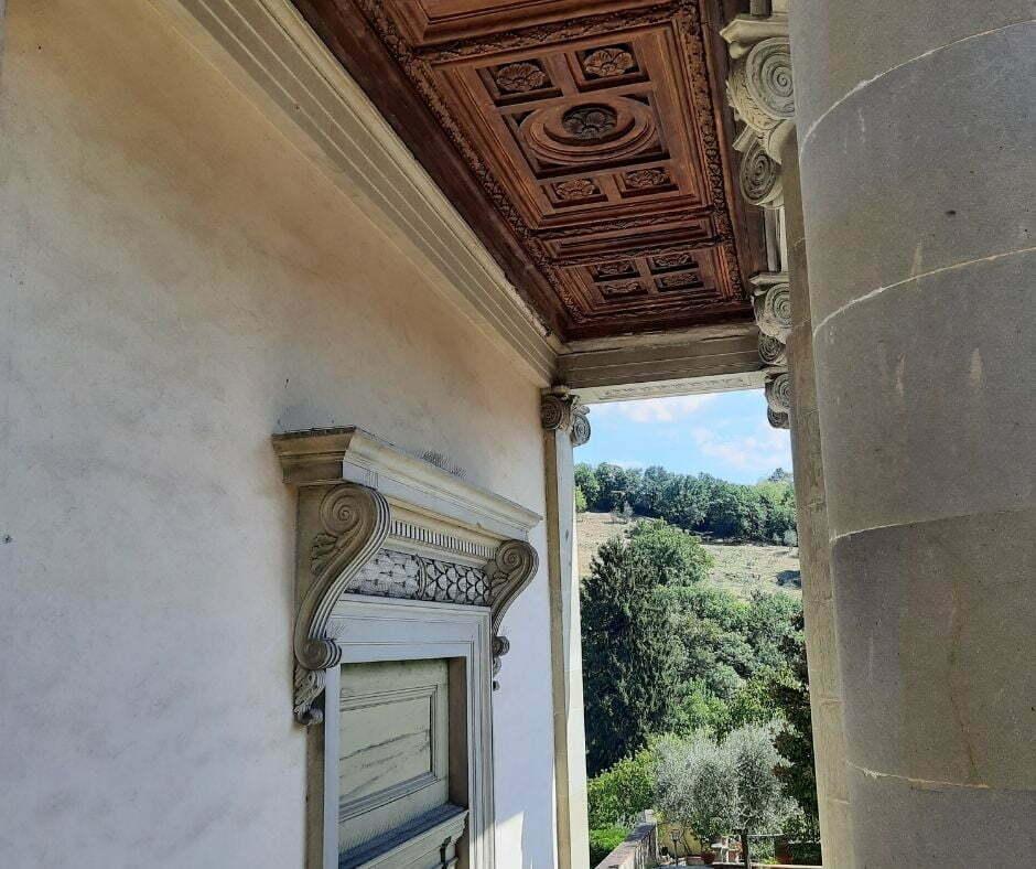 Degrado Oratorio Sant'Onofrio a Dicomano