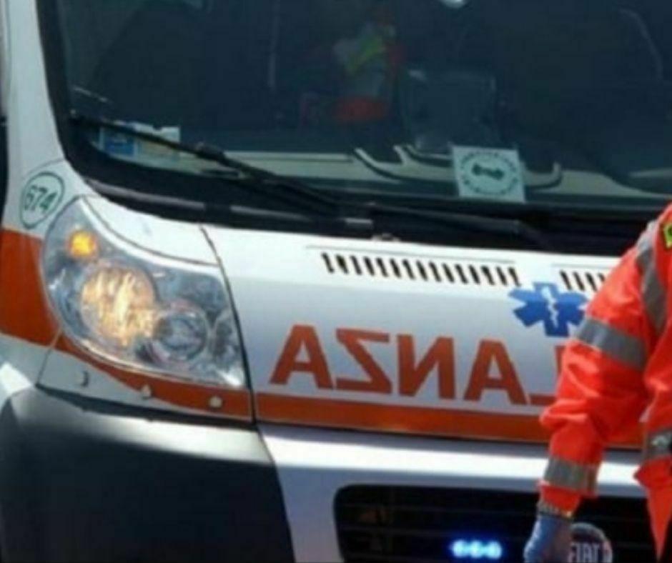 Ambulanza (2)